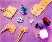 氖灯加工:氖灯+电阻+电线+PCB板