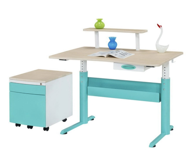 Kid's desk
