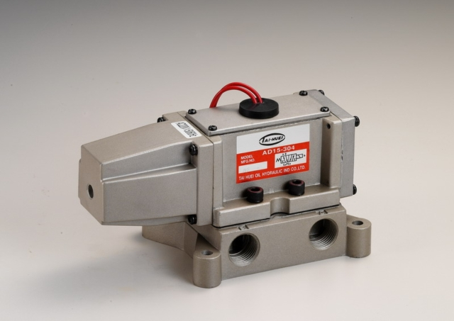 Pneumatic Directional Magnetic Valve