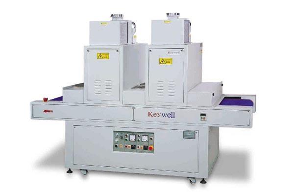 UV 輸送乾燥機 (低溫型)