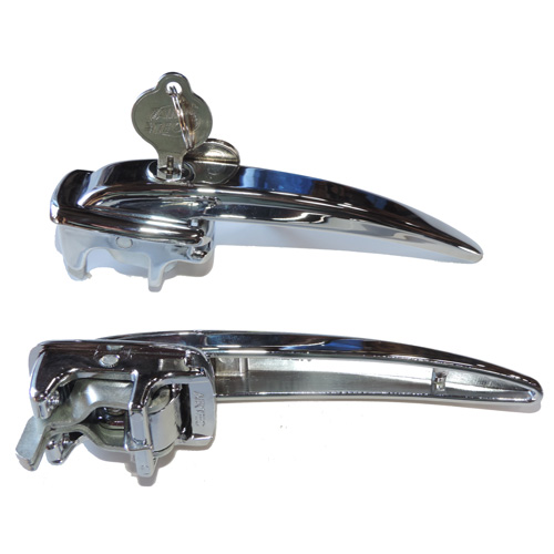 PAIR OF LOCKING OUTER KEYED ALIKE DOOR HANDLES W/KEYS - BEETLE 46-55 BUS 52-60 - SOLD LEFT AND RIGHT