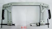 Universal valve spring compressor