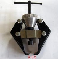 Battery terminal & alternator bearing puller