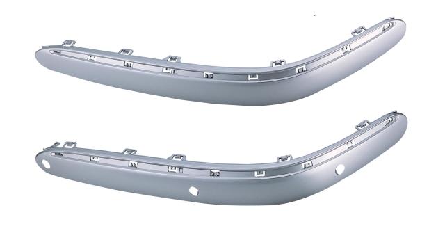 前桿飾板(有電眼孔)RH W220(S350) 00-05