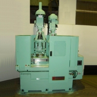 Auto Shuttle Multi-Spindles Drilling Tapping Machine