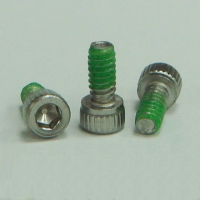Straight Knurl Socket Machine Screw