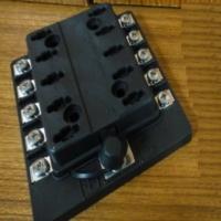 Cens.com Mini & Micro 2 Fuse Block CHE YEN INDUSTRIAL CO., LTD.