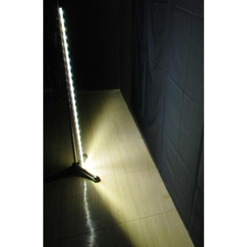 LED两侧发光灯条