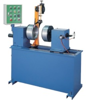 Horizontal type automatic circumference welding machine