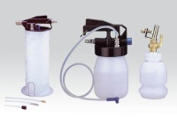 HAND OPERATED FLUID EXTRACTOR