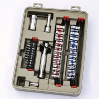 Cens.com 46 PC 1/4& 3/8 TWIN-DRIVER RATCHET & SOCKET SET SHENG YANG METAL CO., LTD.