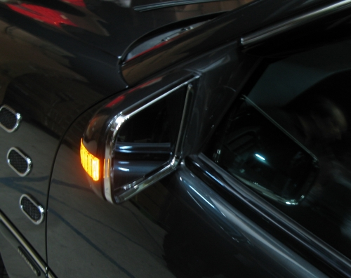 后视镜+箭型方向灯
