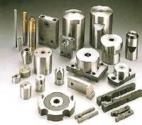 Fastener forming tools