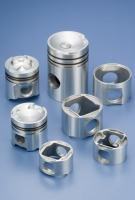 Caterpillar pistons