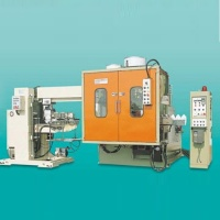 Single-Station Blow Molding Machine with In-Mold Labeling Device