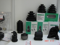 Cens.com CV BOOT & STEERING BOOT DEMAX ENTERPRISE CO., LTD.