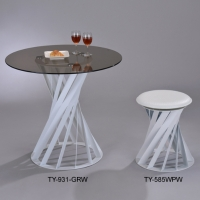 Dining Tables / Desks