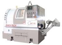 採用三軸搭配直立排刀系統的CNC電腦車床