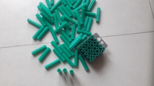 pvc wall plug, Anchor green 1-1/2