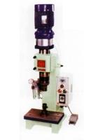 氣壓式鉚釘機