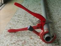 Ratchet plastic cutter