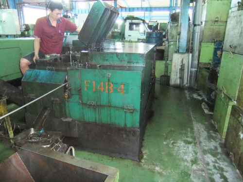 Used Nut Former Bing Feng 14B5S
