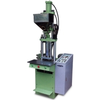Vertical Type Plastic Injection Molding Machine