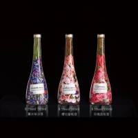 Blossom Peach Wine (with flower)