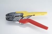 Crimping hand tool