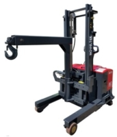 ADVANCED COUNTERBALANCED REACH TRUCK WITH CRANE ARM