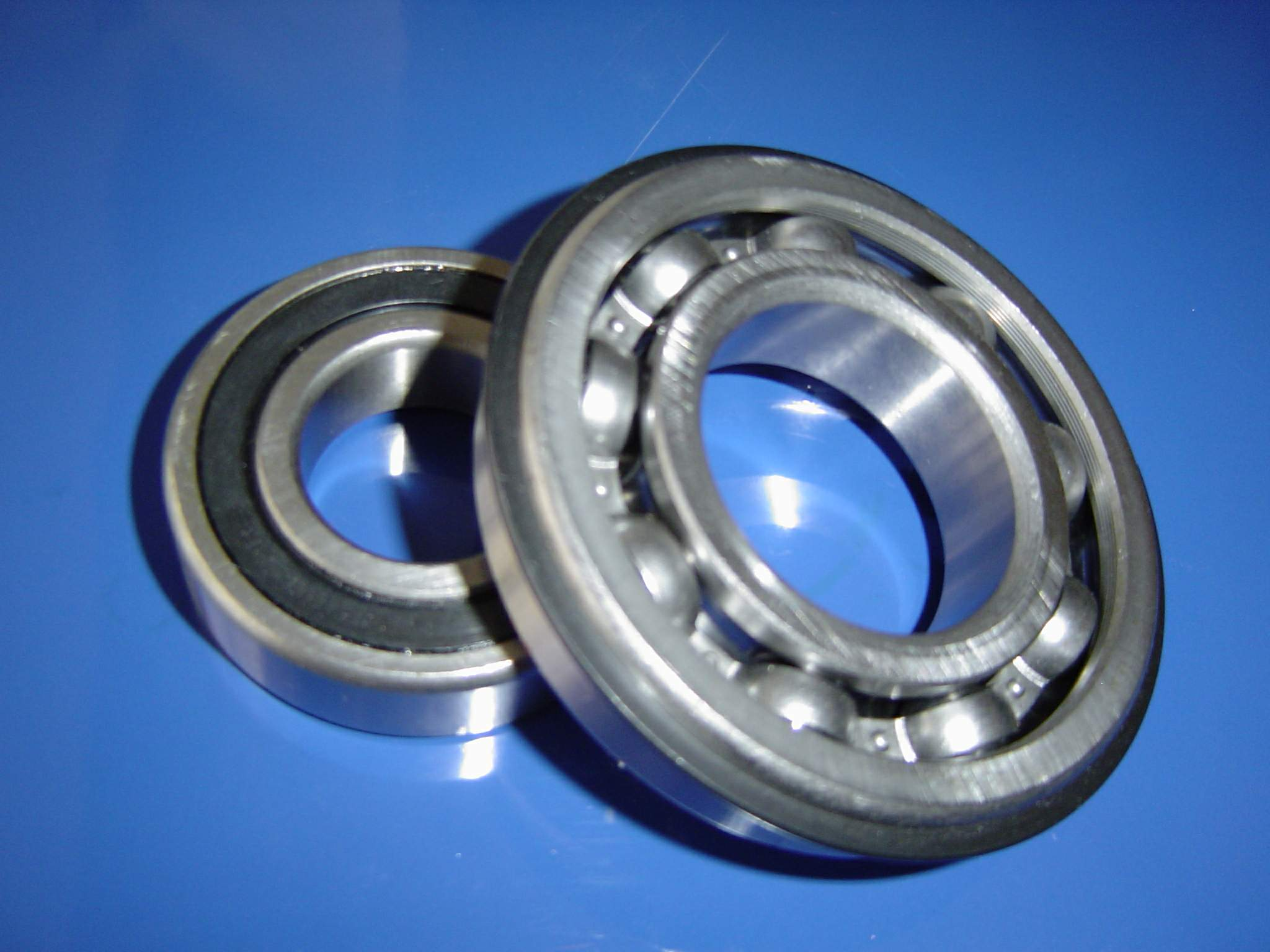 Automotive Gearbox Bearings