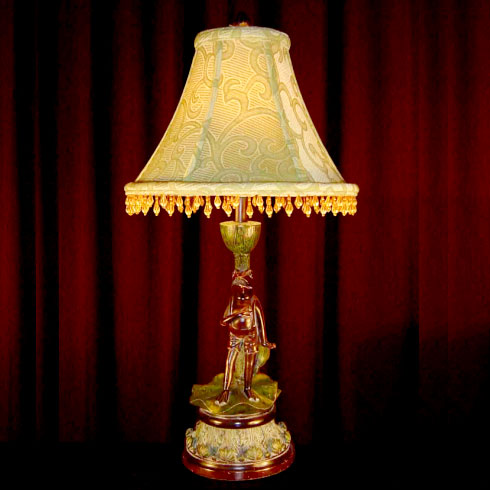 THE SINGING FROG TABLE LAMP