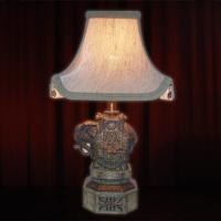ELEPHANT TABLE LAMP