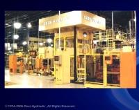 四柱型液压机