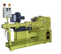 PIN TYPE RUBBER EXTRUDER