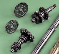 Disk hubs and chain hubs for ATV rear axles