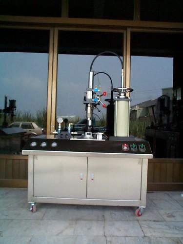 噴霧罐半自動液化氣體充填機