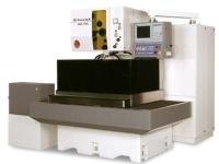 高 精 密 噴 水 型 線 切 割 機