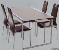 餐椅 / 餐桌