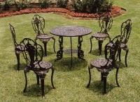 Rose Round Table