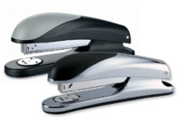 Nova full-strip stapler