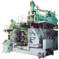 Accumulator head blow moulding machine