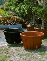Cens.com DECORATIVE PLANTERS -Ming Dynasty Pot Series DMGARDEN PLASTIC WORKS CO., LTD.