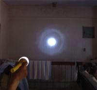 超远距LED强光手电筒(夜间照)