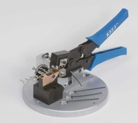 crimping tool for chain terminal