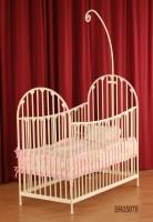 铁管铝花婴儿床