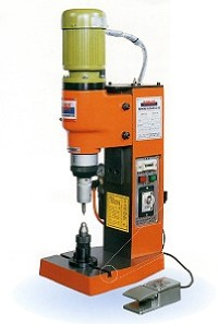 迷您桌上型氣壓鉚釘機(氣壓式)