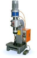 泛用桌上型氣壓式鉚釘機(氣壓式)