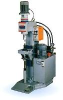 泛用型油壓式鉚釘機(油壓式)