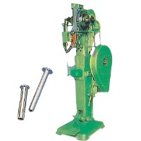 Medium Riveting Machine